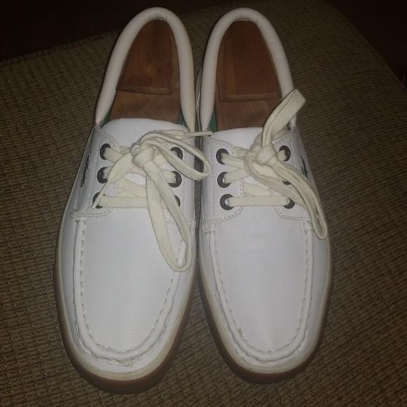d3abc48af912c Lacoste White Boat Shoes Size 8.